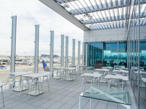 New United Club - Los Angeles, CA (LAX) gate 71A | © United