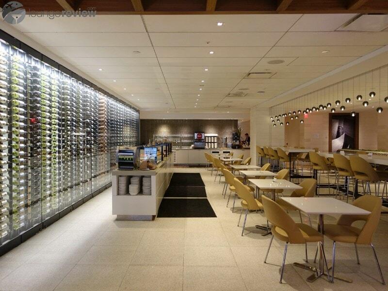 LAX star alliance business class lounge lax 08842