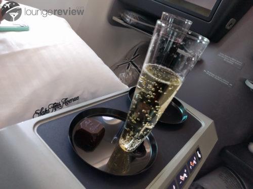 United Polaris pre-departure beverage