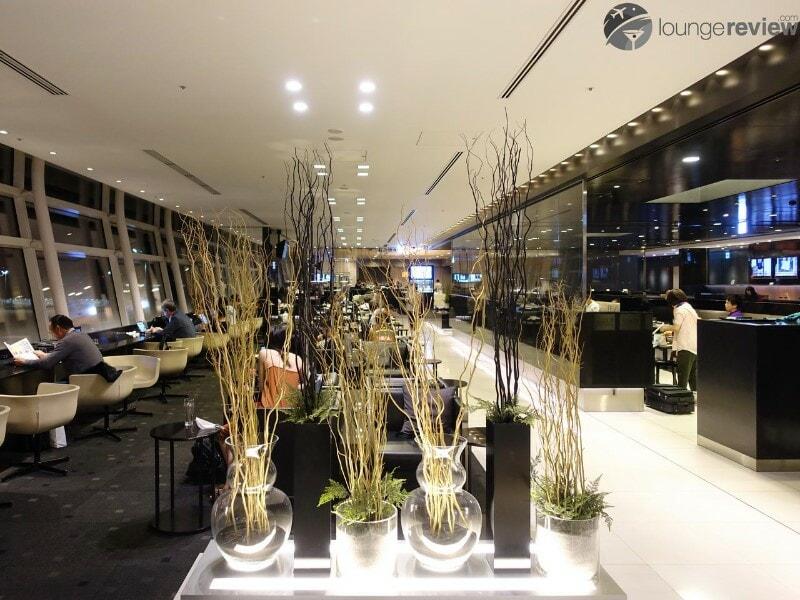 HND ana lounge hnd international gate 110 06657