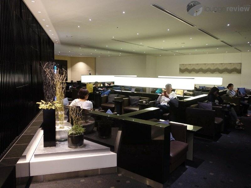 HND ana lounge hnd international gate 110 06693