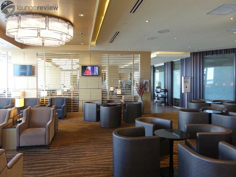 YVR plaza premium lounge yvr international 052170