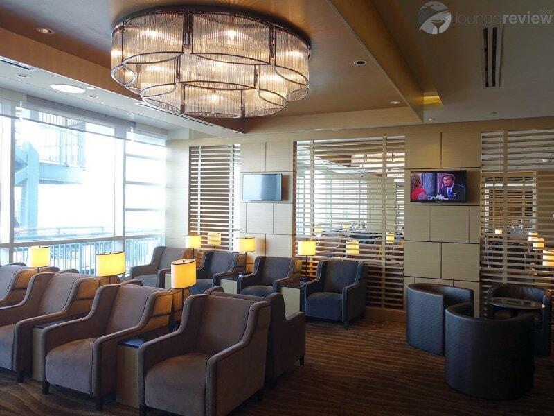 YVR plaza premium lounge yvr international 052190
