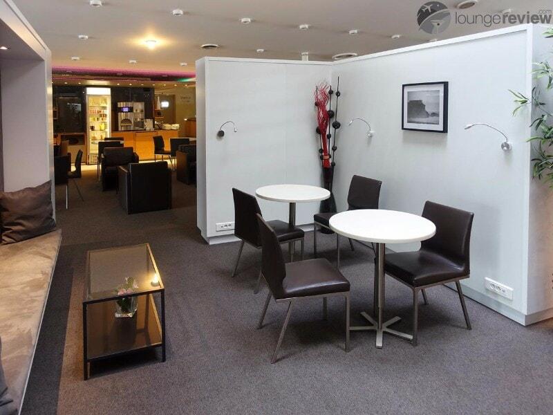 CDG sheltair lounge cdg 03401