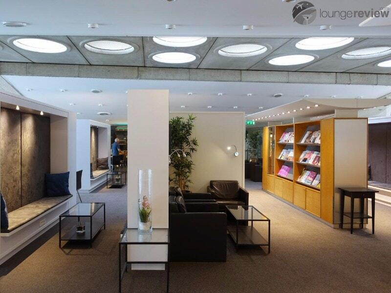 CDG sheltair lounge cdg 03450