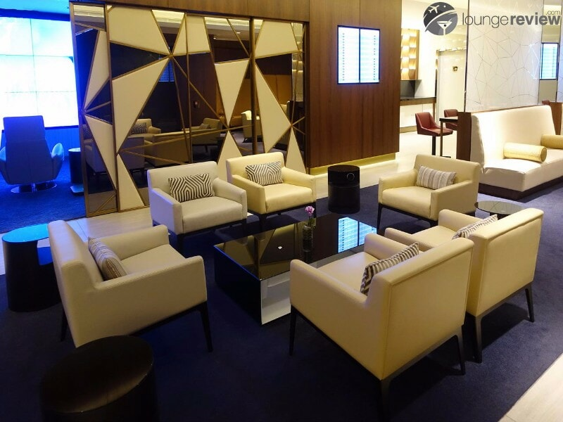 AUH etihad first class lounge and spa 07147