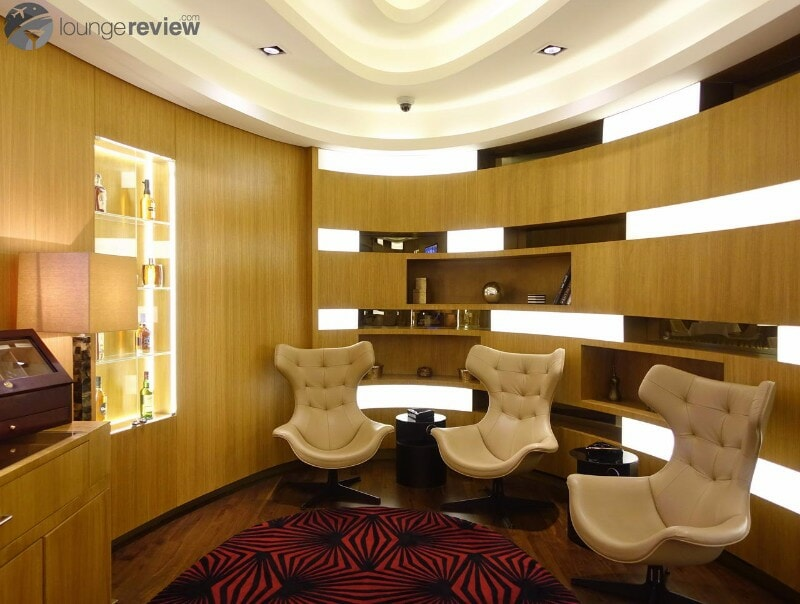 AUH etihad first class lounge and spa 07175