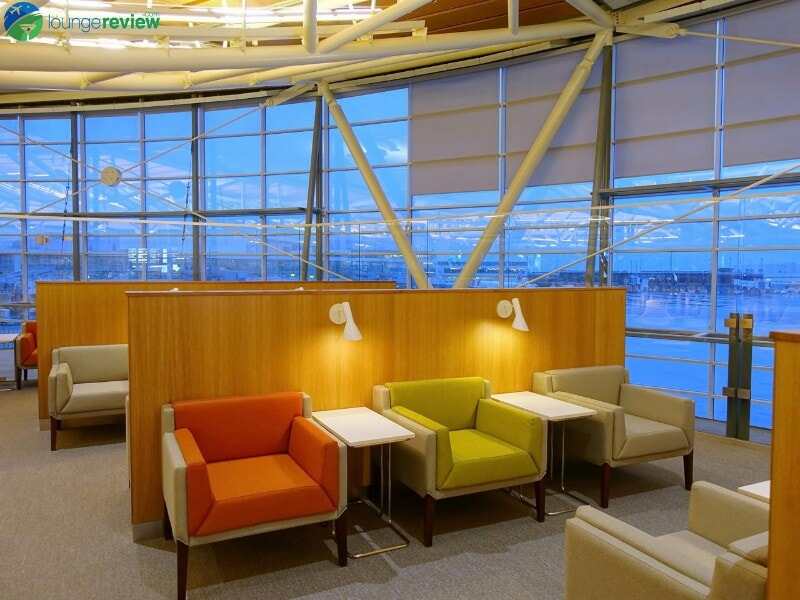 YVR skyteam lounge yvr 07956