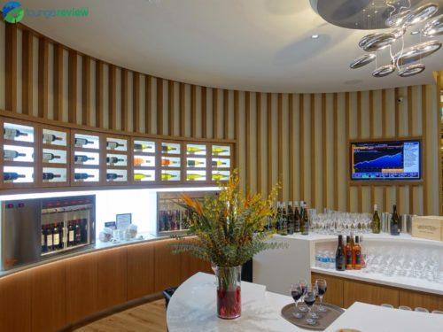 SkyTeam Vancouver Lounge wine bar