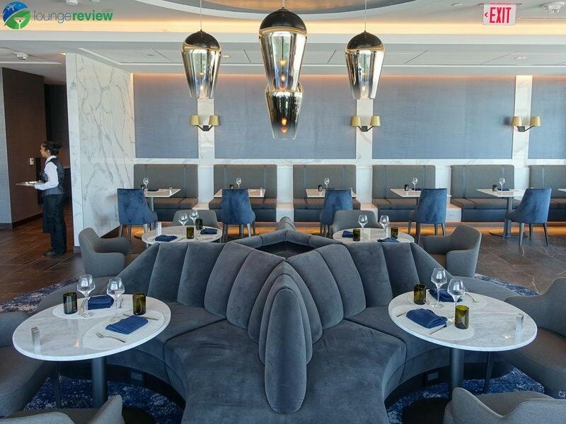 18769 SFO united polaris lounge sfo 0021