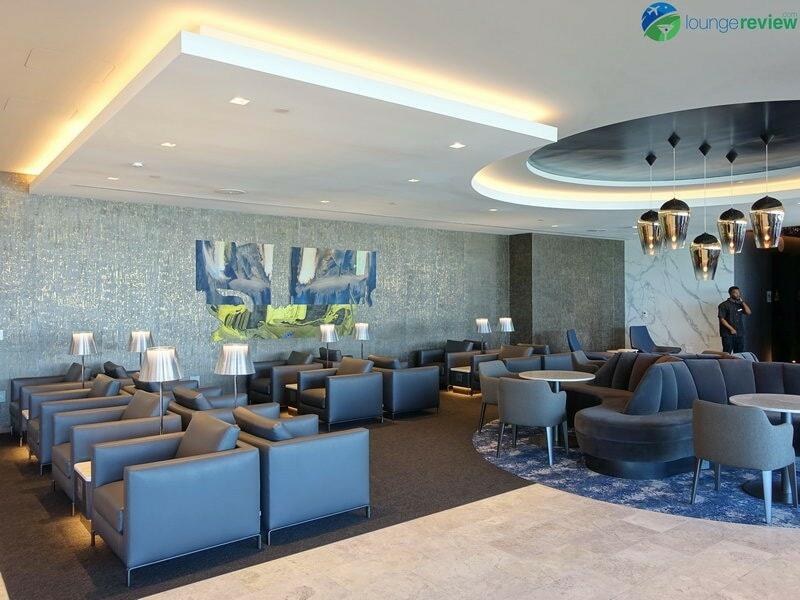 18769 SFO united polaris lounge sfo 0024