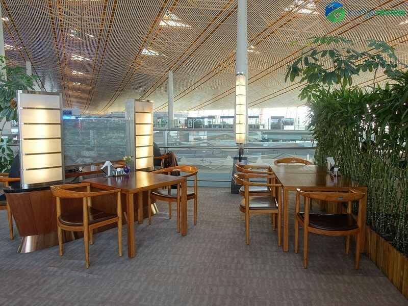 18709 PEK air china lounge pek terminal 3e 09885