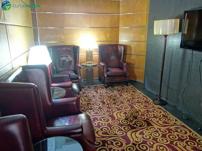 18709 PEK air china lounge pek terminal 3e 09905