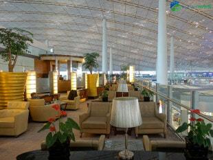 18709 PEK air china lounge pek terminal 3e 09978
