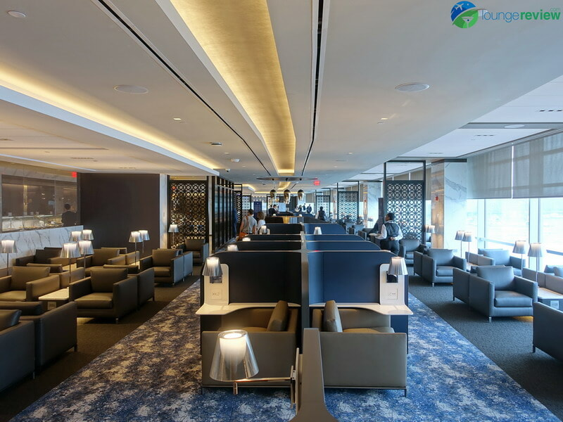 United Polaris Lounge Newark seating