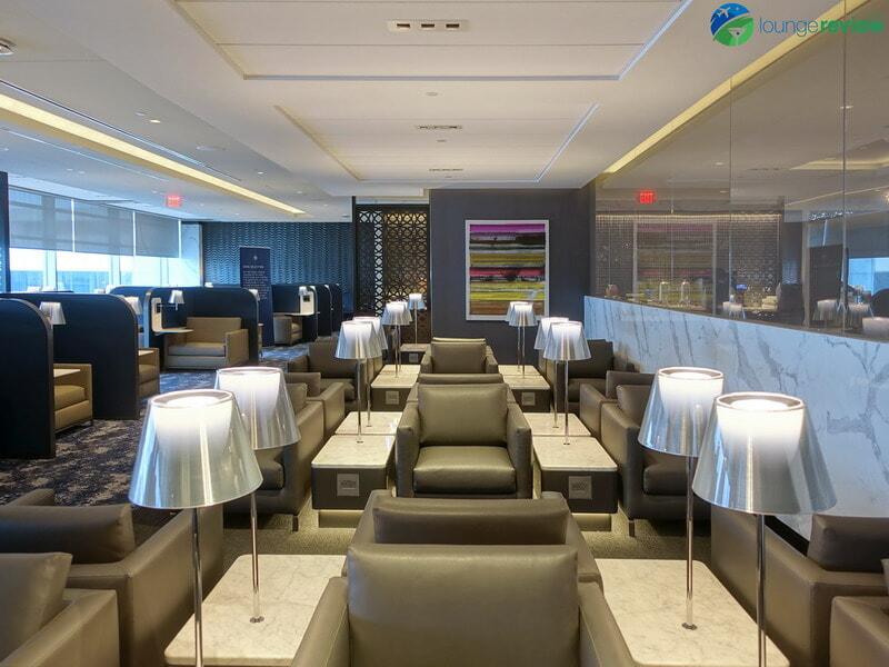 United Polaris Lounge Newark seating