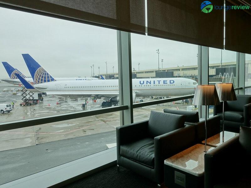 United Polaris Lounge Newark tarmac views