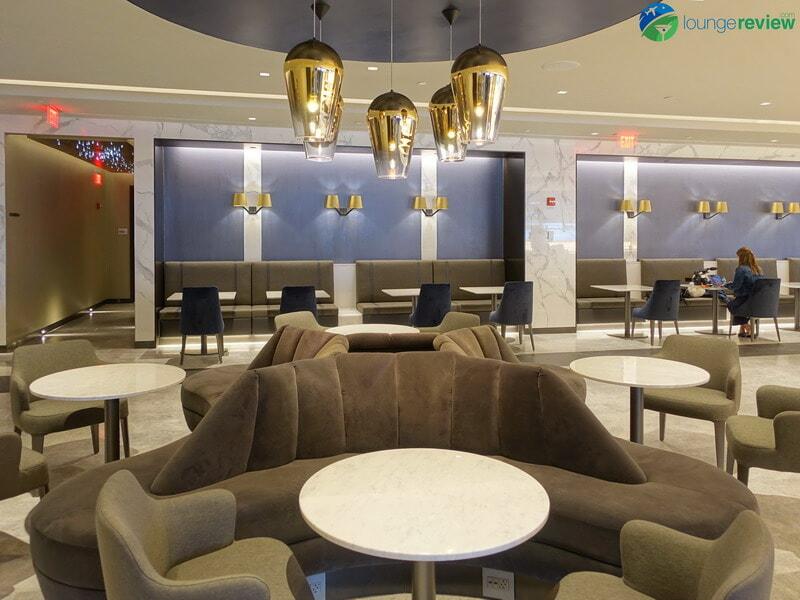 United Polaris Lounge Newark bar seating