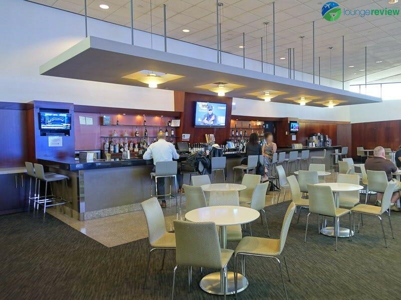 United Club - New York-Newark, NJ (EWR) gate C74