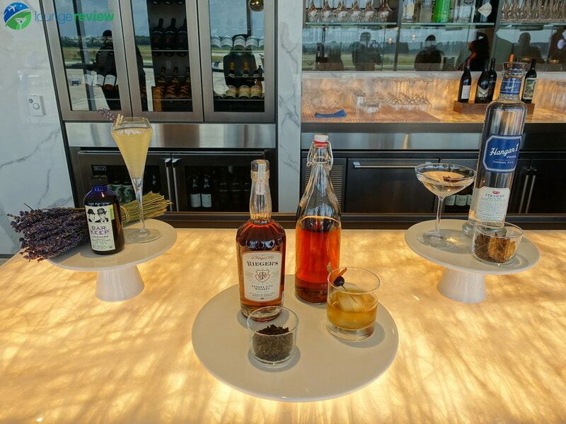 United Polaris Lounge Houston craft cocktails
