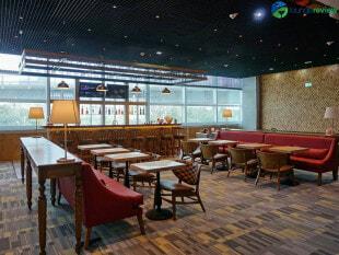 14963 FRA primeclass lounge fra 03080