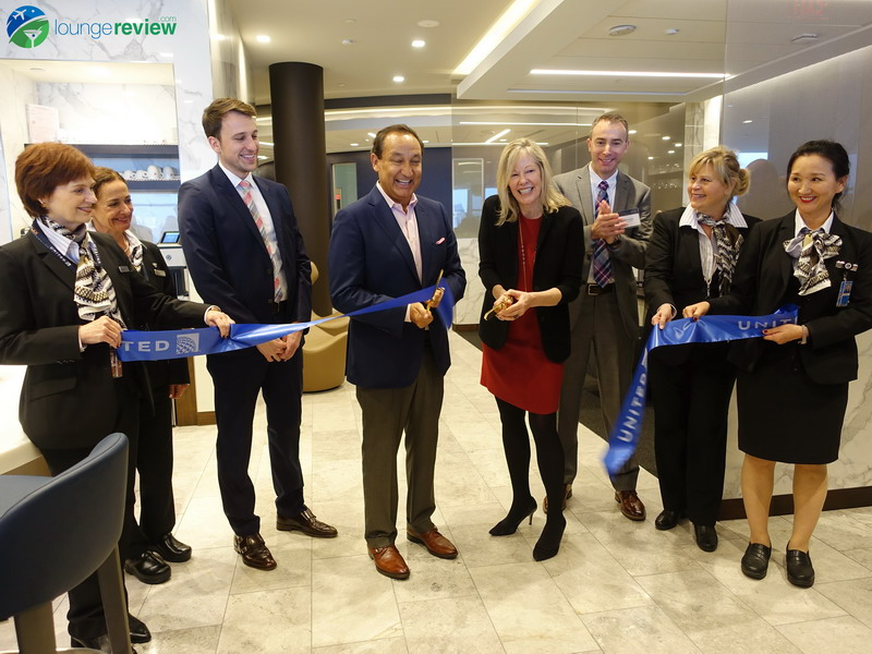 Oscar Munoz, CEO of United, inaugurated the Polaris Lounge LAX on January 10th, 2019, in front of guests and media representatives