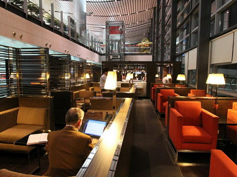 HYD plaza premium lounge hyd domestic pr 03 800x600