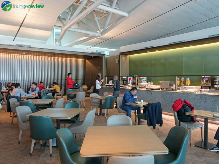 ICN asiana lounge business class central 07882 768x576