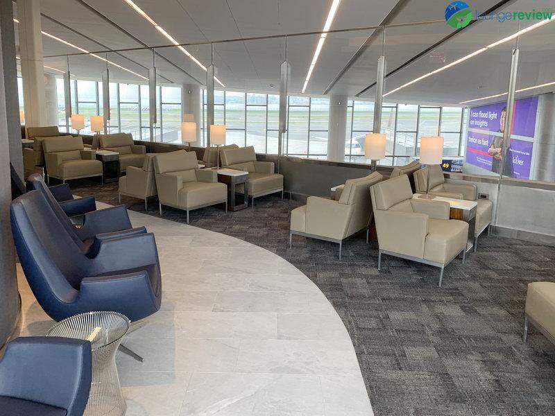 Quiet seating area at the United Club LGA