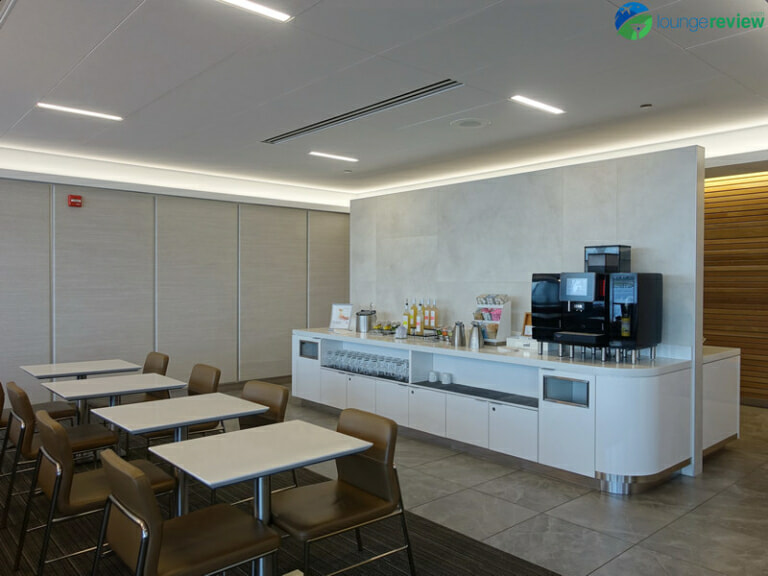 ORD american airlines flagship lounge ord 04232 768x576