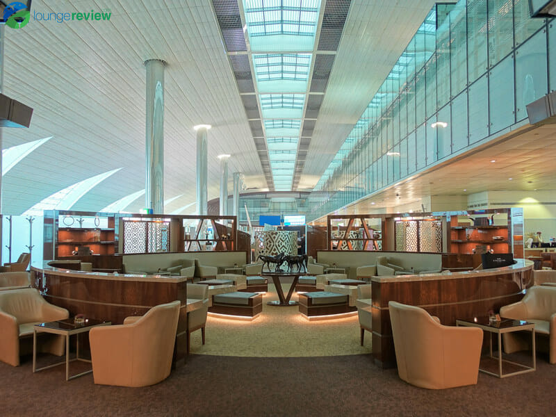 Lounge Review: Emirates Business Class Lounge – DXB T3B ...
