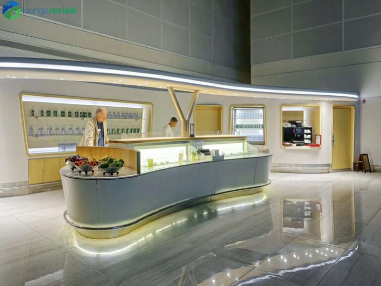 DXB emirates business class lounge dxb concourse b 08461 768x576