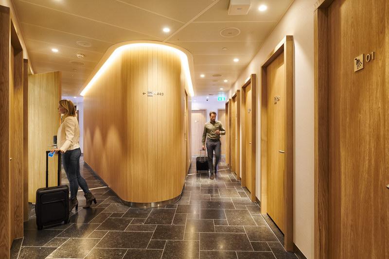 Lounge Review Klm Crown Lounge 52 Ams Non Schengen