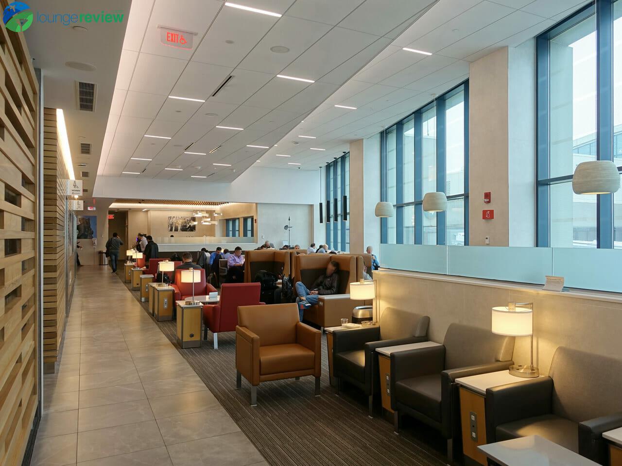 American Airlines Admirals Club - Boston, MA (BOS)