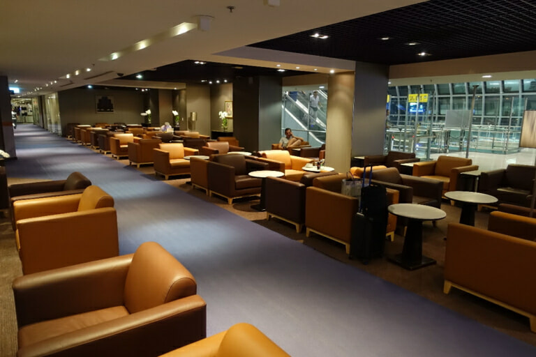 BKK thai airways royal silk lounge bkk d 1656 768x512