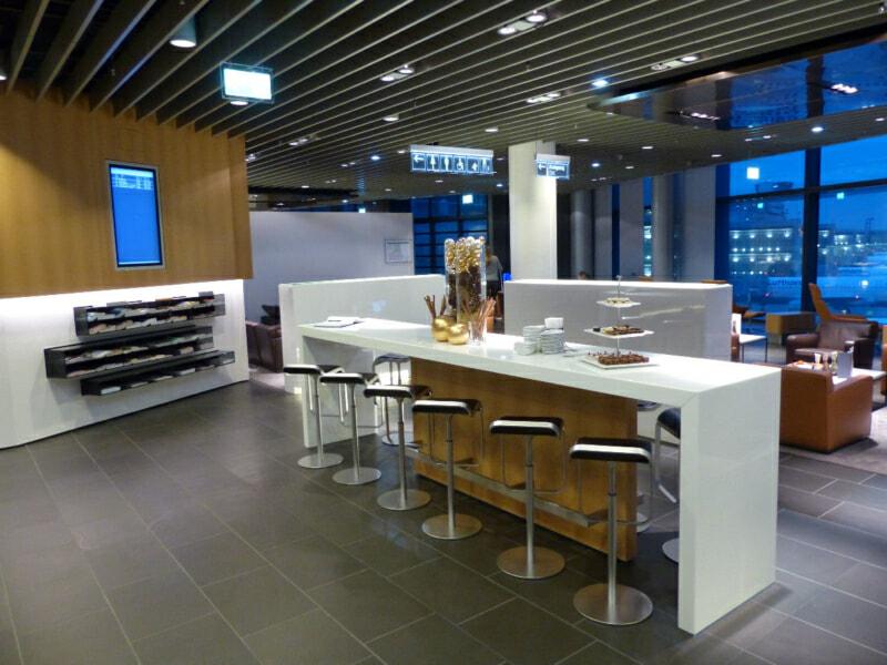 FRA lufthansa first class lounge fra a 1136 800x600