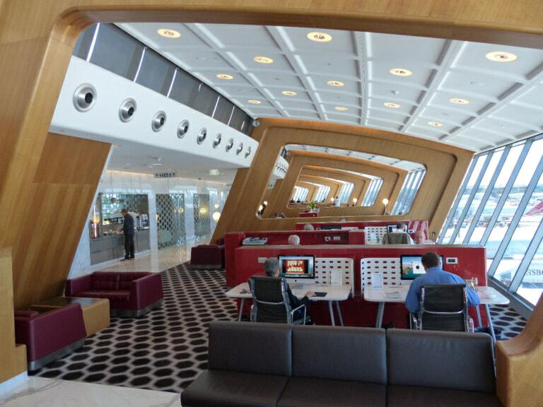 SYD qantas international first lounge syd 4408 768x576