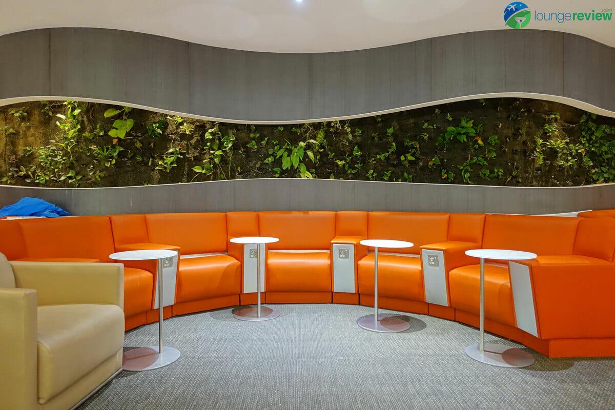 Group seating at SkyTeam Lounge London Heathrow