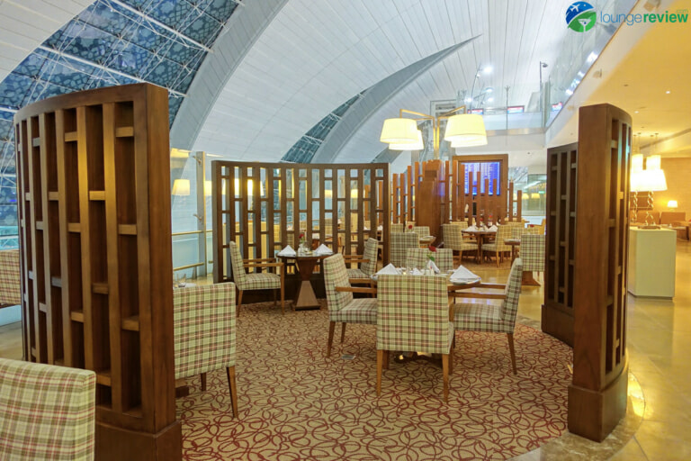 DXB emirates first class lounge dxb terminal 3 concourse a 01892 768x512