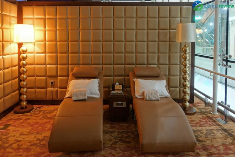 DXB emirates first class lounge dxb terminal 3 concourse a 01980 800x533