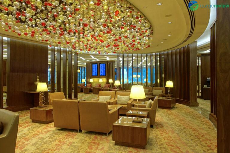 DXB emirates first class lounge dxb terminal 3 concourse a 01988 768x512