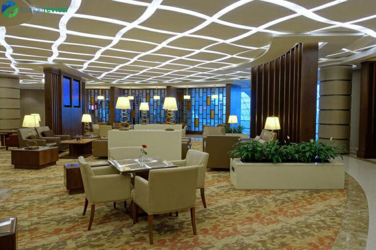 DXB emirates first class lounge dxb terminal 3 concourse a 01994 768x512