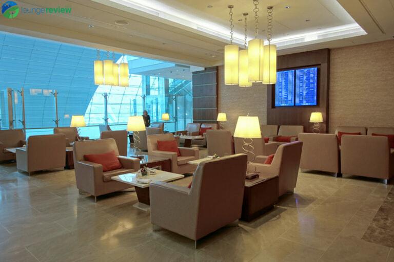 DXB emirates first class lounge dxb terminal 3 concourse a 01998 768x512