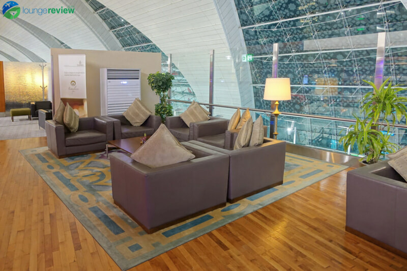 DXB emirates first class lounge dxb terminal 3 concourse b 01802 800x533
