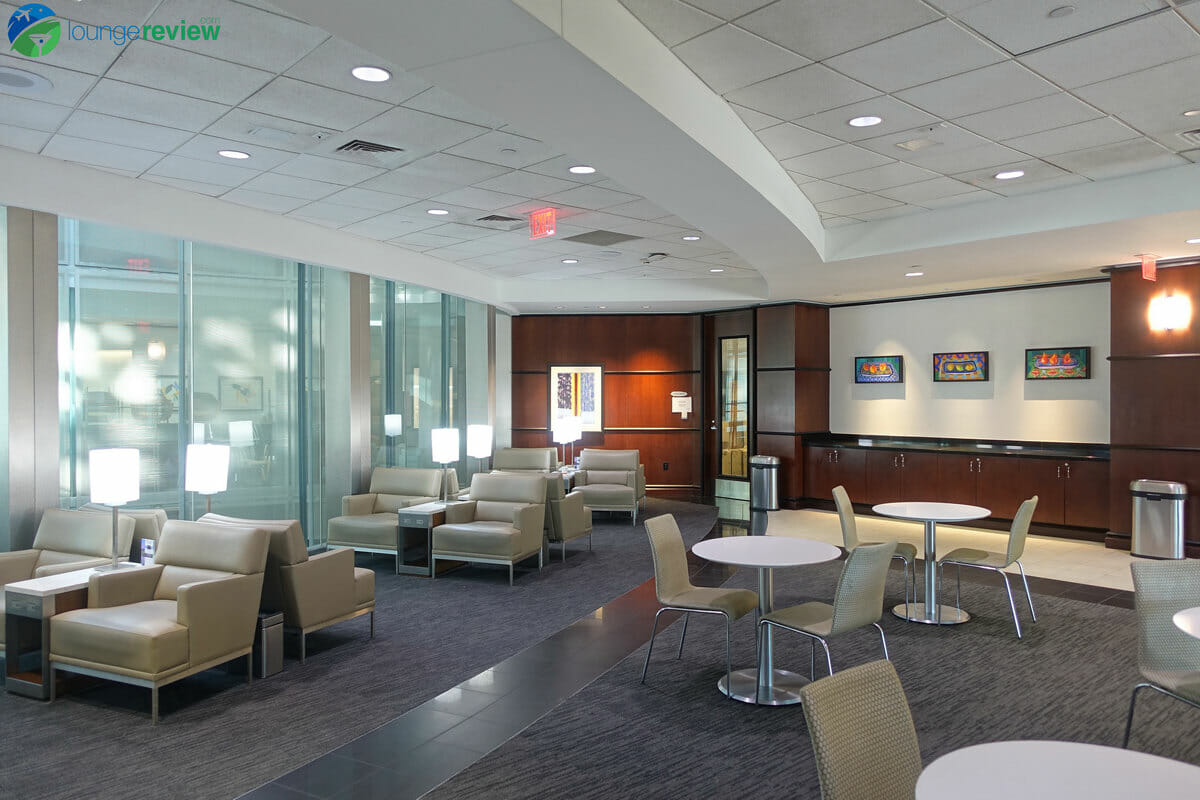 Seating area at the United Club Houston Intercontinental Terminal E
